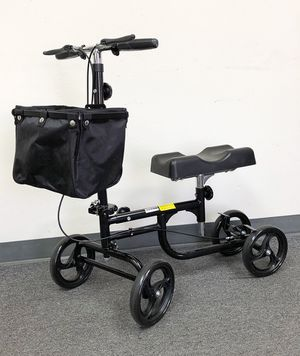 New in box $95 Steerable Knee Walker Scooter w/ Basket Rolling Wheel Handlebar Max Weight: 300lbs for Sale in Pico Rivera, CA