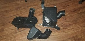 Toyota tacoma 2003 air intake system original OBO for Sale in Tampa, FL