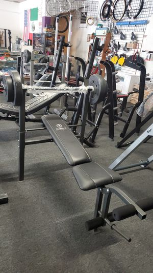 Bench and weights for Sale in Bell Gardens, CA