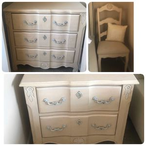 Bedroom set. Night stand, dresser and a chair. My daughter loved it. redecorating. All in good condition for Sale in Arvada, CO