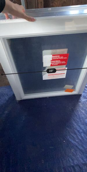 Mirror shelf cabinet for Sale in Mesquite, TX