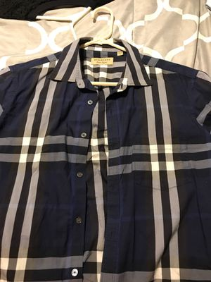 Burberry short sleeve for Sale in Dallas, TX