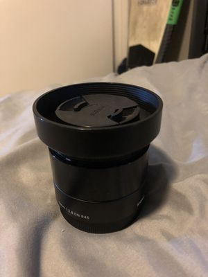 Sony sigma 19mm f2.8 w/ e mount for Sale in Chino Hills, CA