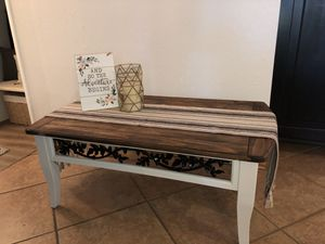Big farmhouse coffee table for Sale in Fresno, CA