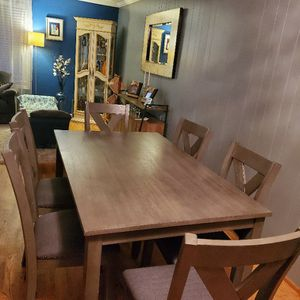 Dining Table. 60 L. 30 W. for Sale in Shoreline, WA