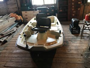 SunDolphin Pro 102 for Sale in Berlin, MA