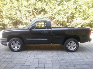 2004 Chevy Silverado 4x4 *CLEAN* for Sale in New Milford, NJ