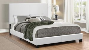 Queen bed frame white color with mattress included 300$ only for Sale in Chicago, IL