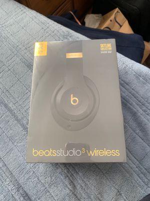 Beats studio 3 wireless for Sale in La Mirada, CA