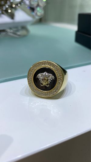 VERSACE MEN GOLD RING 10K - ANILLO VERSACE DE HOMBRE ORO10K for Sale in Miami, FL