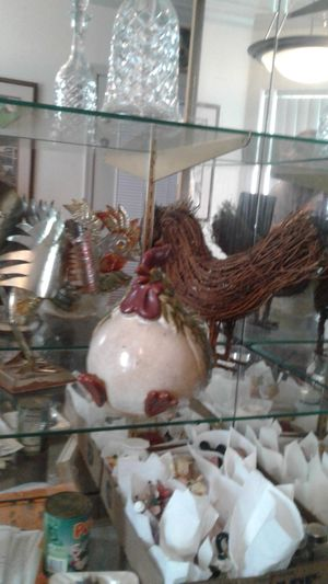Little collection of three roosters decor for Sale in Tempe, AZ