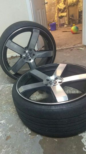 22in rims with tires 5 lug MUST GO TODAY for Sale in McDonough, GA