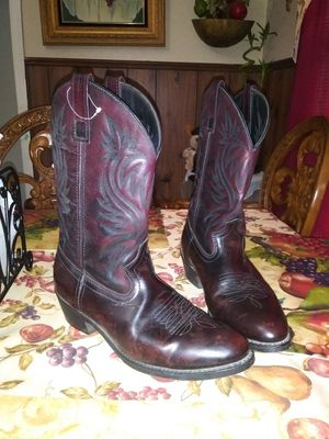 Mens Boots Size 9.5 for Sale in San Antonio, TX