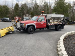 Chevy 3500 flatbed plow for Sale in Falmouth, VA