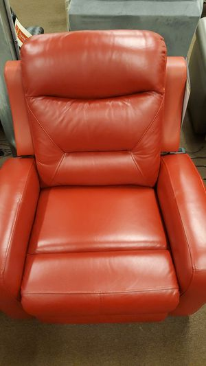 Red leather power recliner for Sale in Victoria, TX
