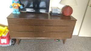 Dresser for Sale in Ludington, MI