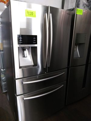 SAMSUNG TWING COOLING FOUR DOORS SAMSUNG for Sale in Wildomar, CA