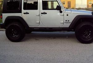 Great Shape. 2007 Jeep Wrangler Unlimited 4Wheels for Sale in Alexandria, VA