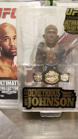 Demetrious Johnson Round 5 MMA Official Collectible UFC 152 Belt Limited Edition for Sale in Gig Harbor, WA