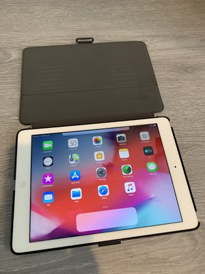 Apple iPad Air 16g with cover for Sale in Montebello, CA