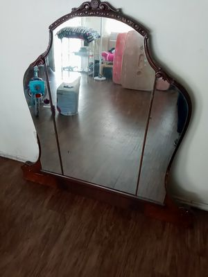 Antique mirror for Sale in Whittier, CA