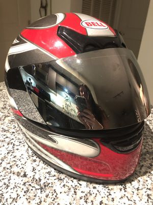 BELL Motorcycle helmet (size M) for Sale in Fort Lauderdale, FL