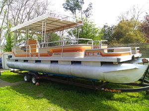 30 foot party barge tandem axle trailer sun Tracker for Sale in Tyler, TX