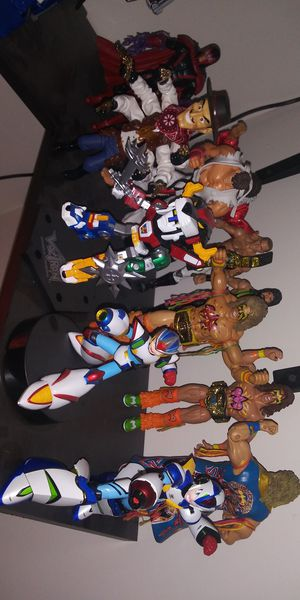 Transformers, Dragon ball Z, mega man, wwe, marvel, robotech figures for Sale in Pico Rivera, CA