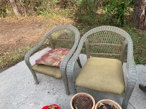 2 outdoor chairs for Sale in Catawba, VA