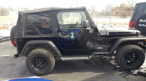 2006 Jeep Wrangler only 75k miles automatic Golden Eagle Ltd Edition 4x4 for Sale in St. Louis, MO
