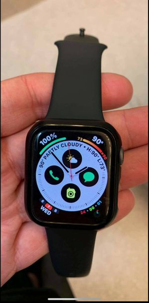 Apple watch series 4 for Sale in Saint Charles, MD