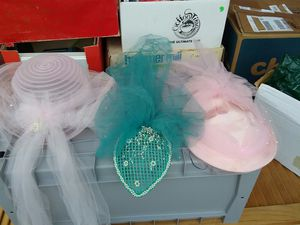 Free 80's style wedding hats for Sale in Harrisburg, PA