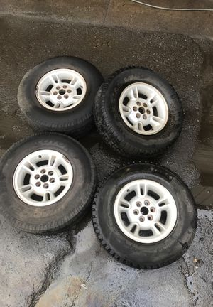 Dodge Durango Rims and tires for Sale in Seattle, WA