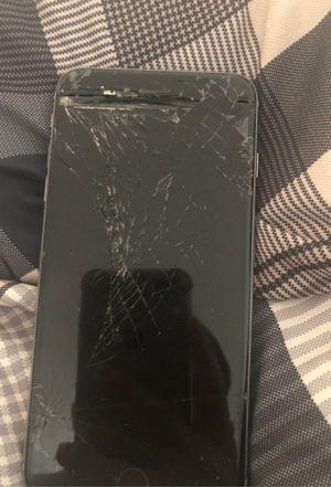 iPhone 6s pluse for Sale in Albuquerque, NM