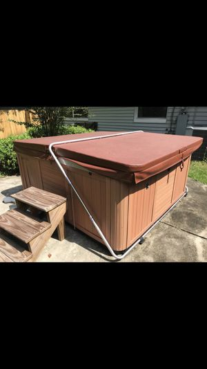 Hot Tub for Sale in Kissimmee, FL