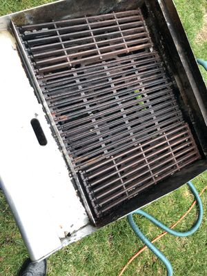 Propane grill for Sale in South Riding, VA