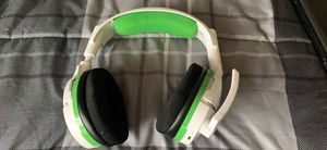 Xbox one wireless headset for Sale in New Albany, OH