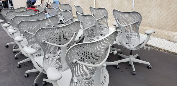 SALE! HERMAN MILLER MIRRA CHAIRS FULLY ADJUSTABLE ARMS & LUMBAR SUPPORT SEAT DEPTH ADJUSTMENT LIGHT GREY MESH & BACK