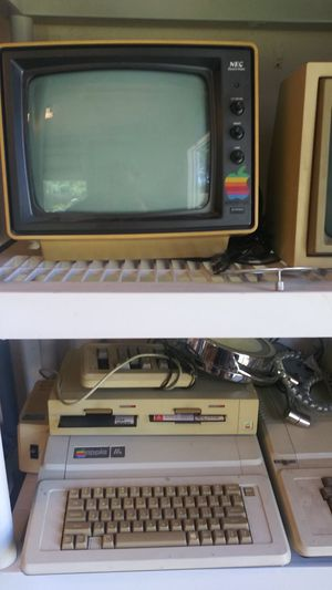 Vintage Apple Computers and Monitors for Sale in West Palm Beach, FL