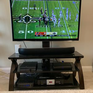 "Panasonic Viera Plasma P55VT50-2 TV 55"" With Stand for Sale in Fullerton, CA"