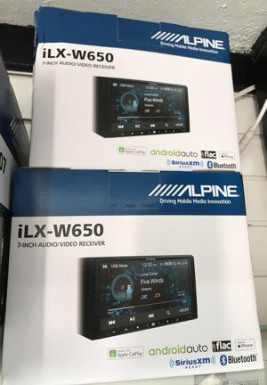 """Double DIN CAR STEREO Alpine 7"""" touchscreen iLX-W650 apple CarPlay android auto Bluetooth USB navigation car audio head unit for Sale in Rancho Dominguez, CA"""