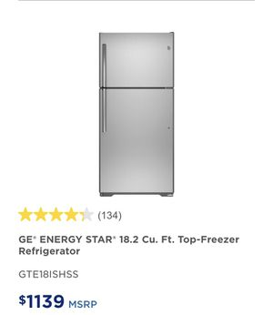G&E top freezer Refrigerator for Sale in Los Angeles, CA