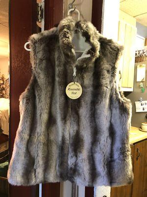 Women's large Kristen Blake Reversible Vest for Sale in Largo, FL