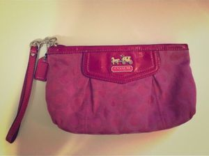 Pink Coach Wristlet for Sale in Philadelphia, PA