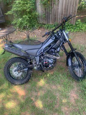 Magician 250 clutch dirt bike for Sale in Marietta, GA
