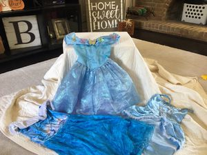 Dress up dresses size 6 for Sale in Grand Prairie, TX