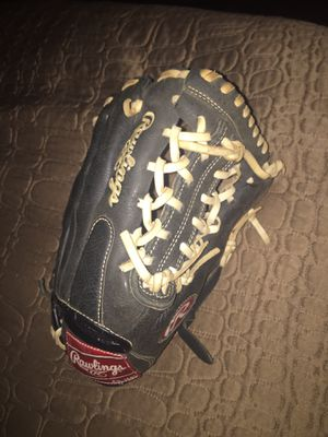 Rawlings Glove for Sale in Annandale, VA