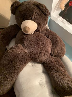 Big teddy bear 5feet for Sale in Chicago, IL