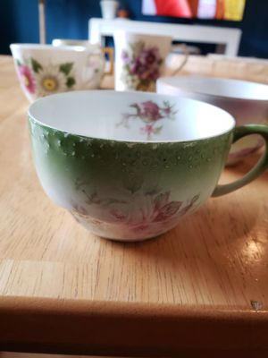 5 Antique Tea Cups for Sale in Gresham, OR