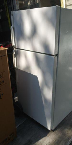 Garage fridge works greet for Sale in Citrus Heights, CA